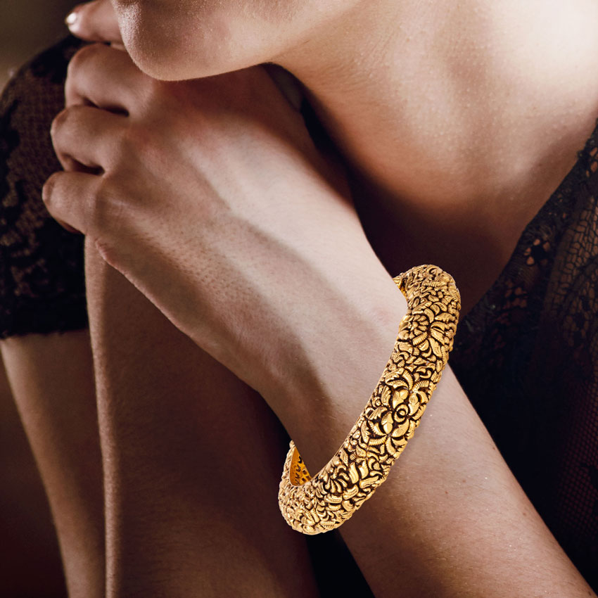 Haiya Leafy Bangle Jewellery India Online - CaratLane.com