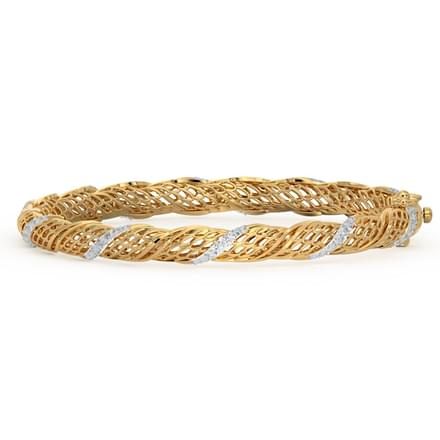 Twirl Diamond Bangle