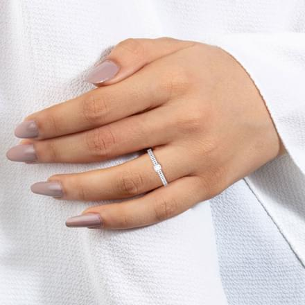 Glossy Diamond Ring