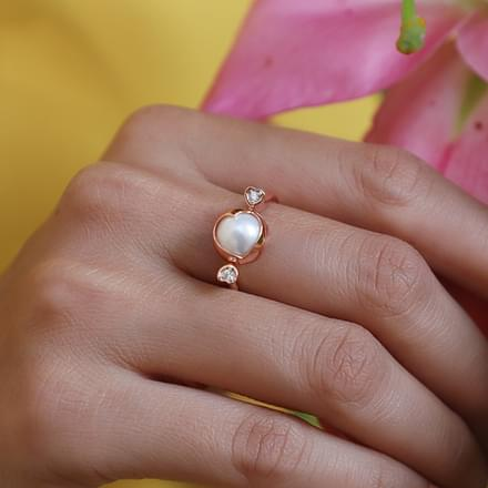 Spinning Pearl Heart Ring