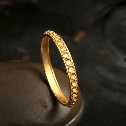 Linked Loop Gold Bangle