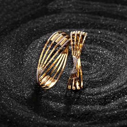 Helix Twist Gold Bangle