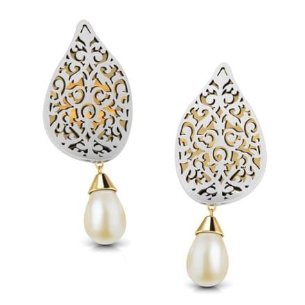 Jess Cutout Drop Earrings
