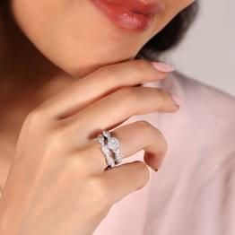 Luminous Solitaire Bridal Ring Set