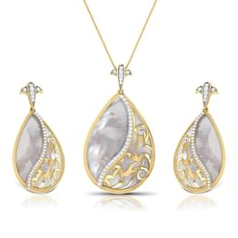 Vega Mother of Pearl Matching Set