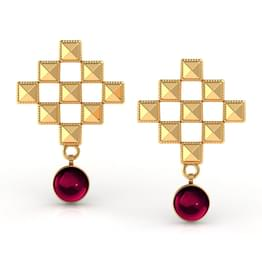 Faceted Grid Gold Stud Earrings